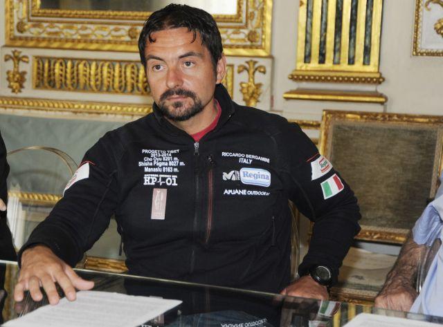 Riccardo Bergamini da Lucca alla vetta del Muztagh Ata in Cina, a 7546 metri.