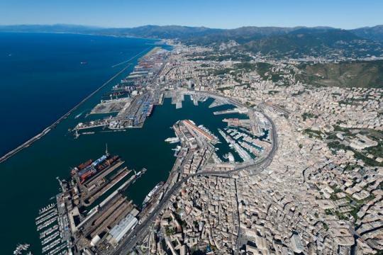 Porto di Genova: tra terrorismo e narcotraffico è il caos