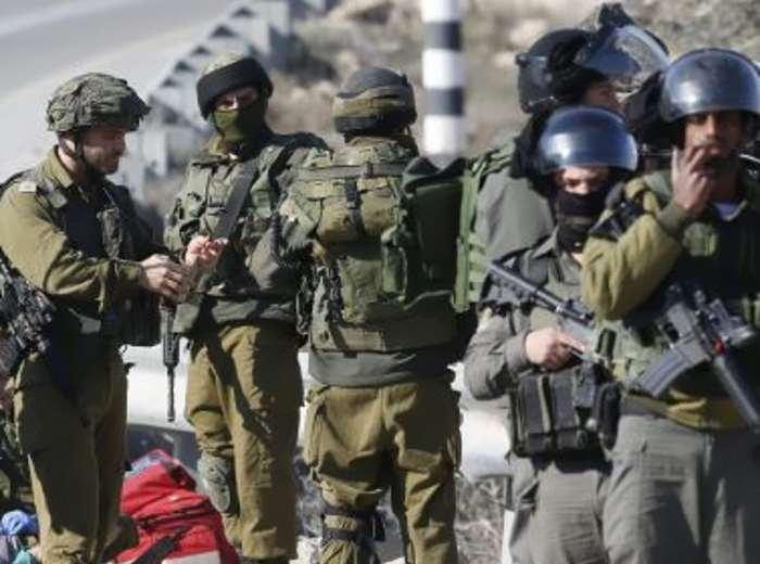 I soldati israeliani ad una ragazzina palestinese: Soffri, muori... Kahba!